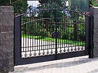 Кованые ворота с кольцами